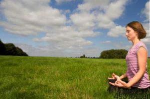چگونگی انجام یوگا برای از بین بردن استرس