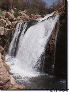 fff 225x300 - آبشار چکان الیگودرز