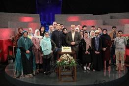 مرد افغانی که از سرایداری به مجسمهسازی رسید در تلویزیون