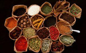 fo4071 300x188 - مدت زمان نگهداری ادویه ها و سبزیجات خشک