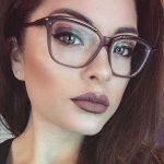 آرایش چشم زیبا مخصوص خانم های عینکی سایت 4s3.ir