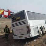 واژگونی اتوبوس و تصادف زنجیره ای در زنجان سایت 4s3.ir