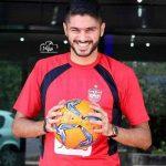 بیوگرافی شایان مصلح، فوتبالیست شاعر و مداح سایت 4s3.ir