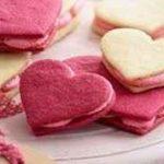طرز تهیه دسر ساندویچی قلبی ویژه ولنتاین سایت 4s3.ir