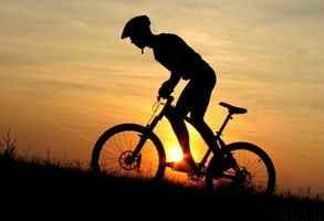 چه کسانی نباید دوچرخه سواری کنند؟ سایت 4s3.ir