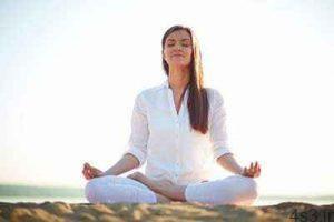 یوگا برای بیماران مبتلا به سرطان ریه مناسب است سایت 4s3.ir