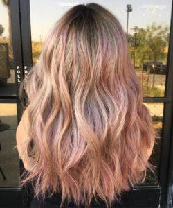 rose gold hair 1 250x300 - انواع رنگ موی رزگلد