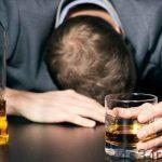 خبرهای پزشکی : 14 کشته و 113 مسموم با الکل تقلبی در اهواز سایت 4s3.ir