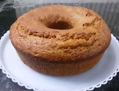 دلایل ترک خوردن روی کیک چیست؟ سایت 4s3.ir