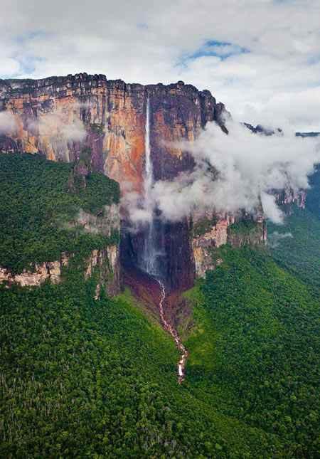 تصاویر هوایی فوق العاده زیبا از آبشار آنجل سایت 4s3.ir