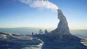 کوه آتشفشان یخی دیده بودید؟!! سایت 4s3.ir