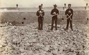 گورستان کولون؛ قبرستانی که مردم با استخوانهای مردگان عکس می گیرند (+ تصاویر) سایت 4s3.ir